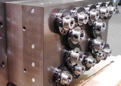 Testa multipla speciale di foratura a 14 fusi pressurizzati con adduzione del refrigerante ad alta pressione 70 bar